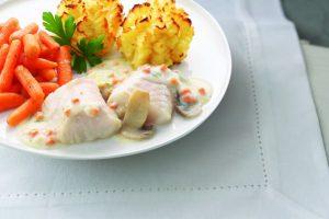 bord met kabeljauw